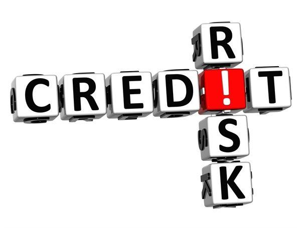 شناسایی عوامل موثر بر ریسک اعتباری در صنعت بانکداری ایران با استفاده از آزمون استرس