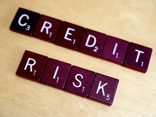 مدیریت ریسک اعتباری با به کارگیری مدلهای تصمیمگیری