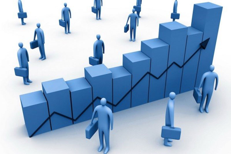 نقش نوسانات اقتصادی بر تسهيلات اعطايي بانک ها از کانال سرمايه اضافي بانک