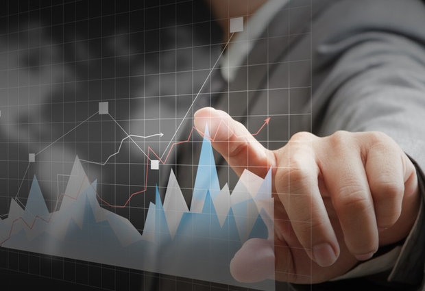 مقایسهٔ شاخصهای تعیین آستانهٔ بحران مالی بانک ها در سیستم هشدار سریع بر اساس عامل چرخههای تجاری